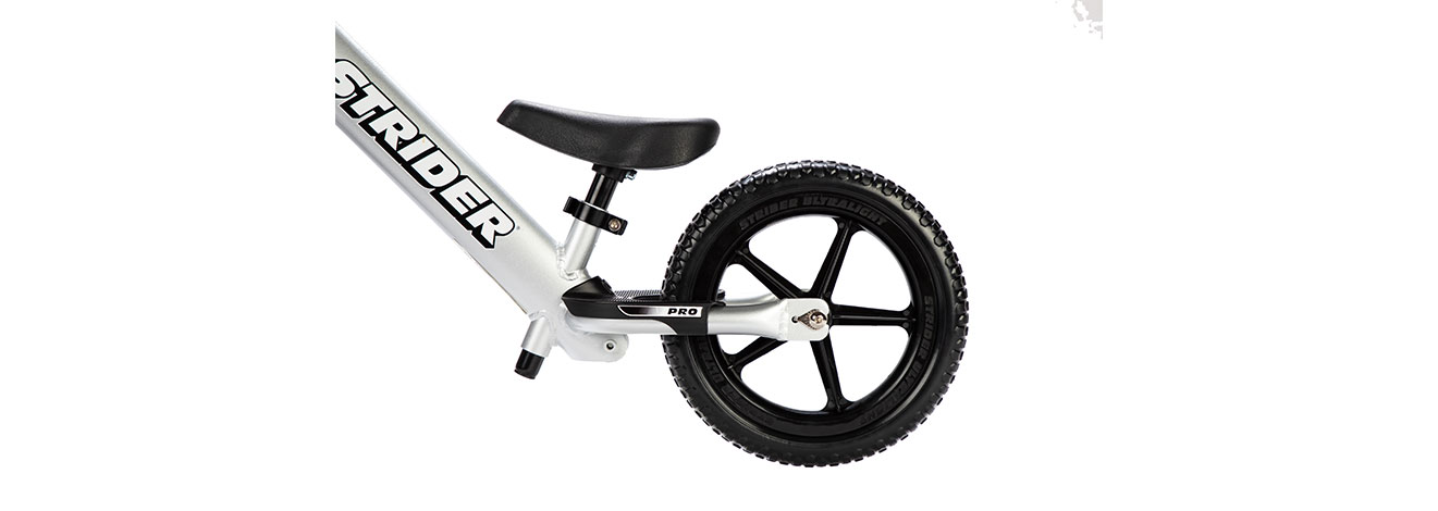 Detail image of 12 Pro silver footrest and wheel